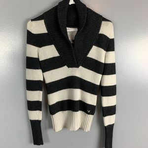 White/Black Sweater